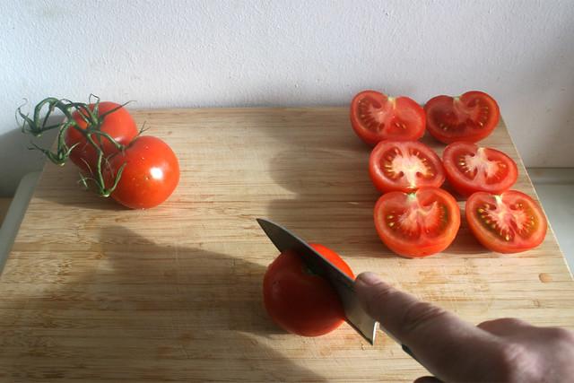 13 - Tomaten halbieren / Half tomatoes