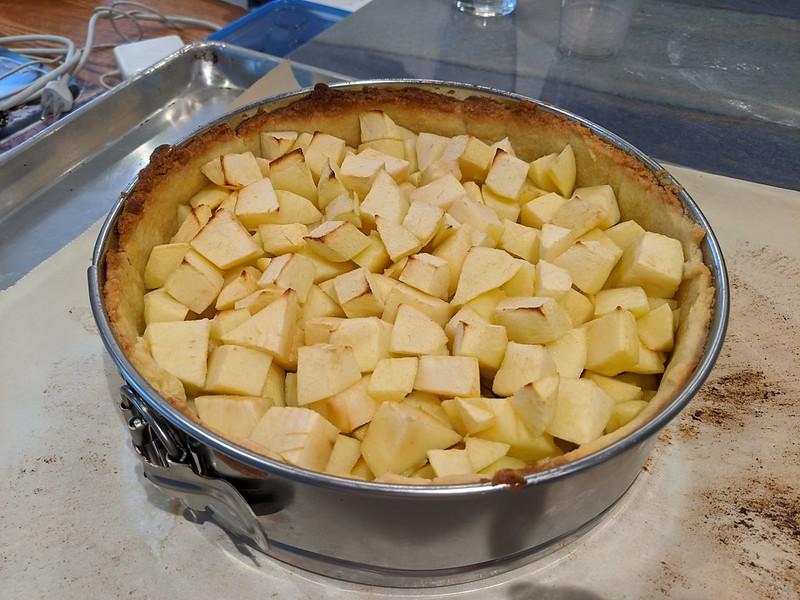 Apple Kuchen (Apple-Custard Tourte)