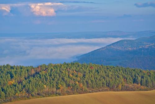 aussicht deutschland landschaft orte rudolstadt saaletal saale fog nebel thuringia thüringen autumn fall herbst ilce7rm3 sel100400gm mist misty