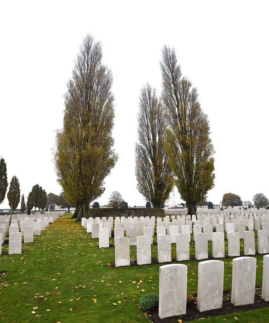 Tyne Cot Cemetery (vertorama).
