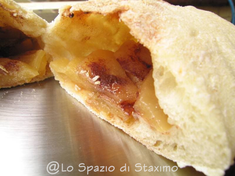 Calzone alle Mele