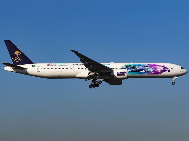 Saudi Arabian Airlines | Boeing 777-368(ER) | HZ-AK43