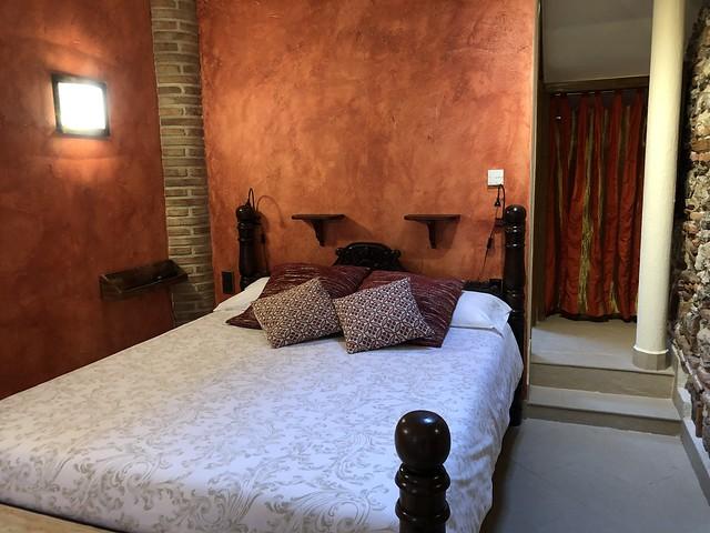Habitación en el Hotel La Beltraneja (Buitrago del Lozoya, Madrid)