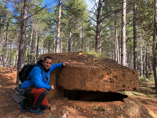 Sele en uno de los búnkers del Frente del Agua (Sierra Norte de Madrid)