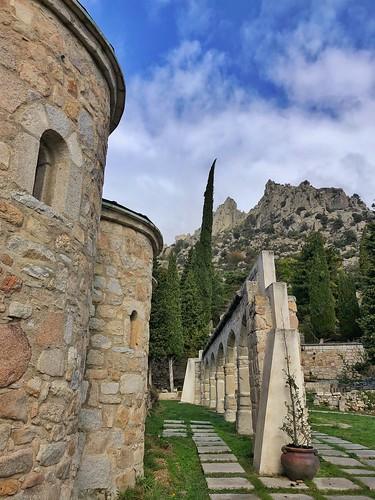 Convento de San Antonio en la Sierra de La Cabrera (Sierra Norte de Madrid)