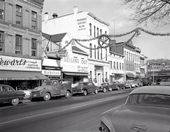 Peekskill South Street Christmas 1950s
