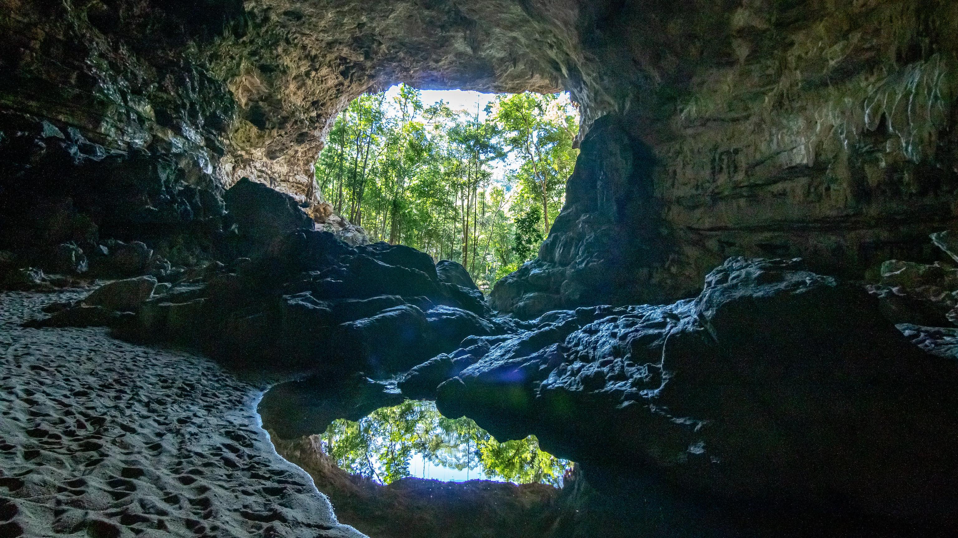 Rio Frio Cave - [Belize]