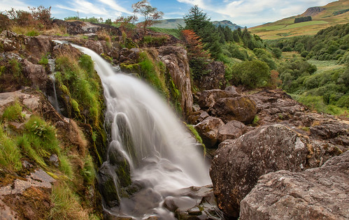loupoffintry carron valley waterfall landscape scotland
