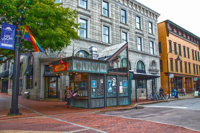 Burlington Vermont -   Leunig's Petit Bijou - Church Street Marketplace