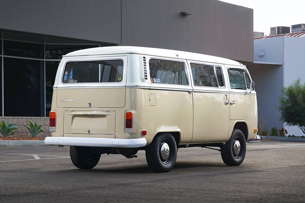 1972-Volkswagen-Type-2-Bus-with-e-Golf-electric-powertrain-25
