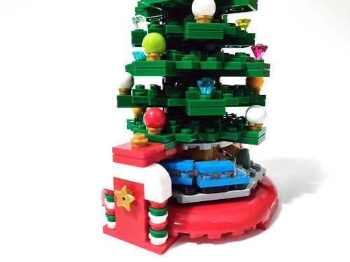 LEGO Seasonal Christmas Tree (40338)