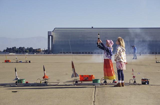 Future rocket scientists at work