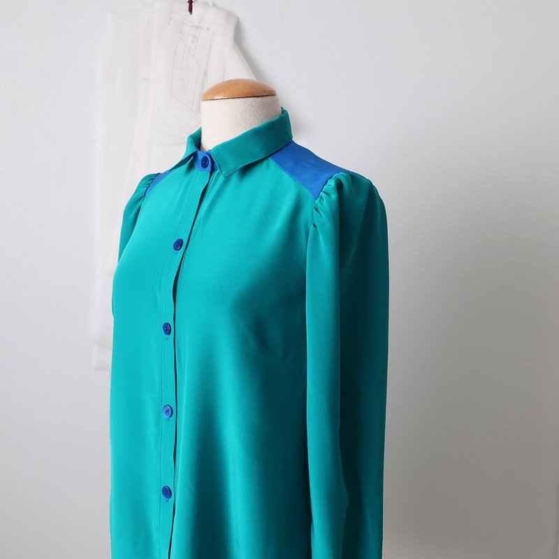 green shirt 4