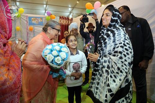 Raj Vasdev Ji, EC Member welcoming Mata Ji