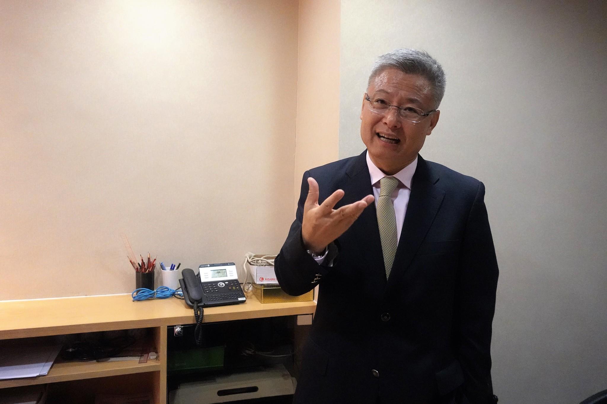 香港大學SPACE中國商業學院執行院長劉寧榮。(攝影:張智琦)