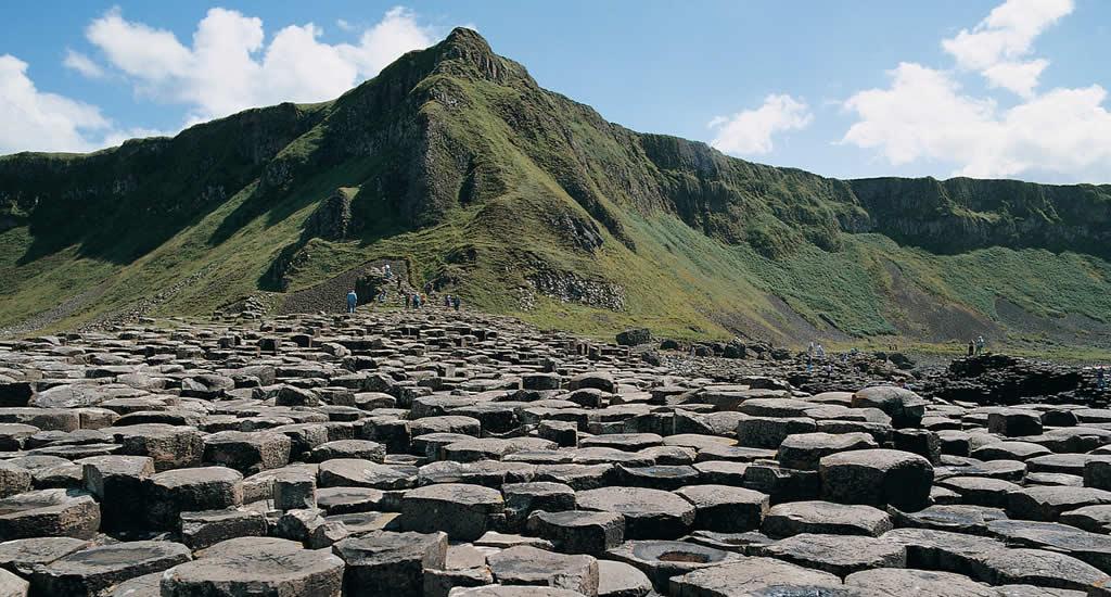 Giant's Causeway Noord-Ierland | Mooistestedentrips.nl