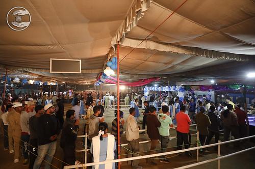 Devotees taking Prasad at Samagam Canteen