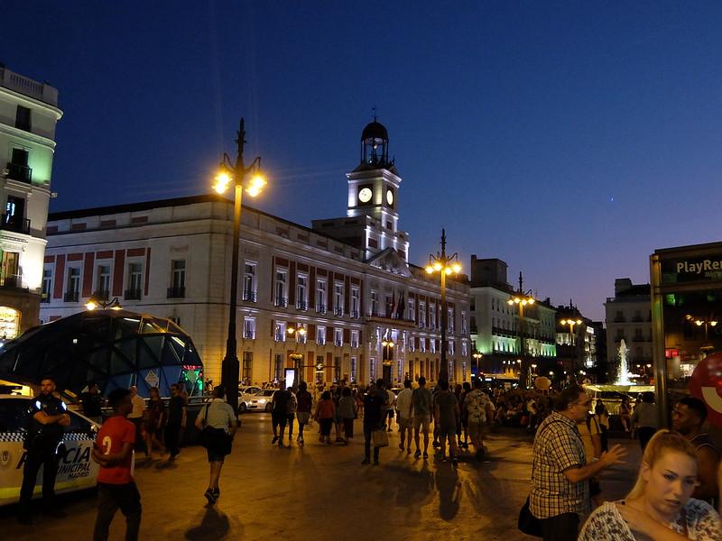 Мадрид - Пуэрта-дель-Соль вечером