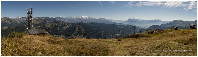 Vue depuis le Mont Chery sur le massif du Mont Blanc