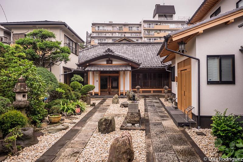 Interior del templo Korin-in