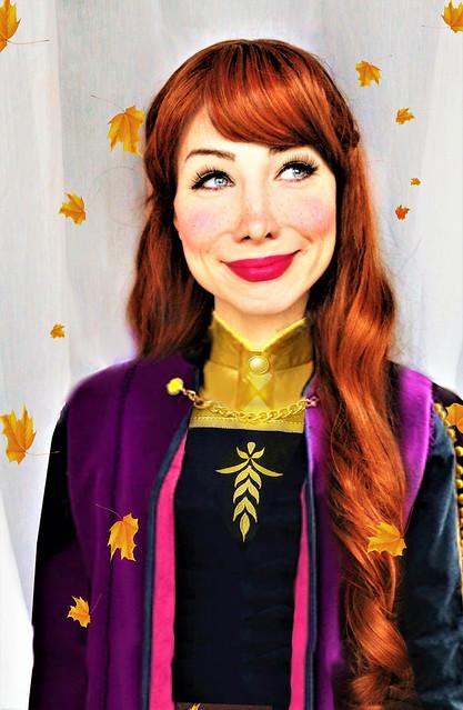 Frozen Anna Cosplay