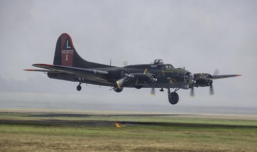 Texas Raiders B-17G Recreating Pearl Harbor