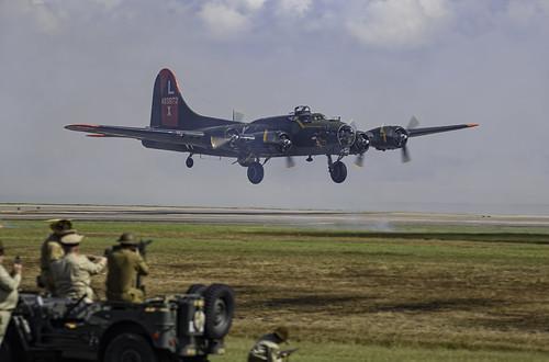 B-17G Texas Raiders Landing