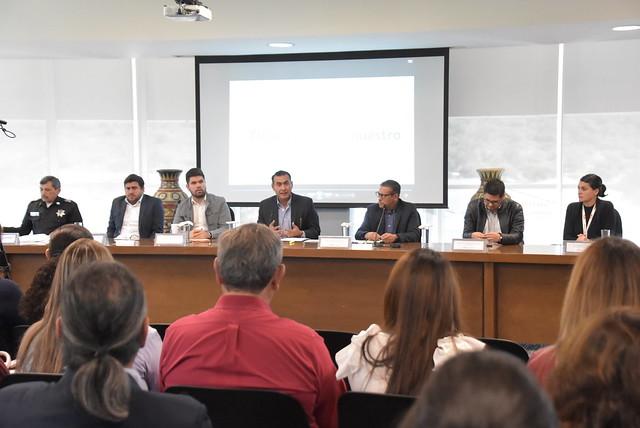 Reunión con Tema de Seguridad con Vecinos del Corredor López Mateos