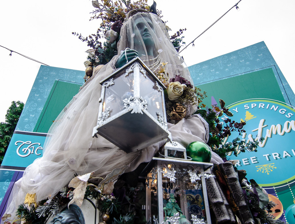 Haunted Mansion tree Disney Springs CTT