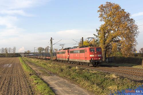 151 130 + 151 031 . DB Cargo . 60717 . Bornheim , Sechtem . 24.11.19.