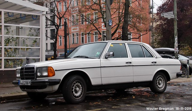 Mercedes 230E 1980