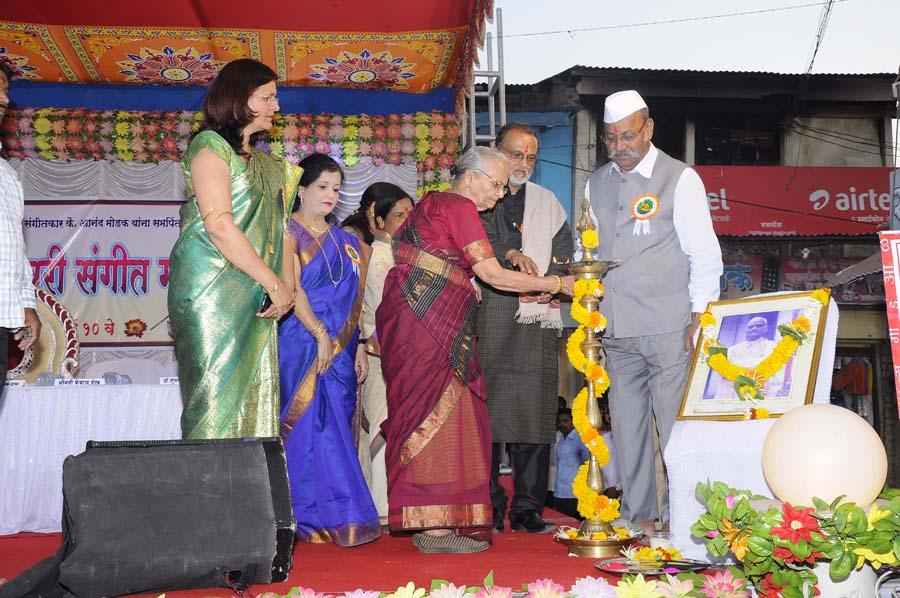 madhavrao-shende-sangeet-mahotsav-2015-inauguration-photo-4