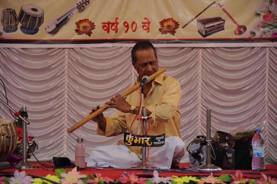 madhavrao-shende-sangeet-mahotsav-2015-day3-photo-22