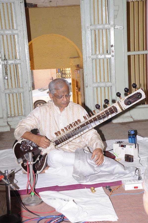 madhavrao-shende-sangeet-mahotsav-2015-day3-photo-2
