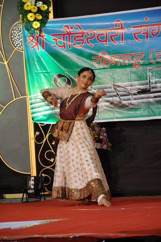 Madhavrao-Shende-Trust-Sangeet-Mahotsav-2016-Day-1-Photo-28