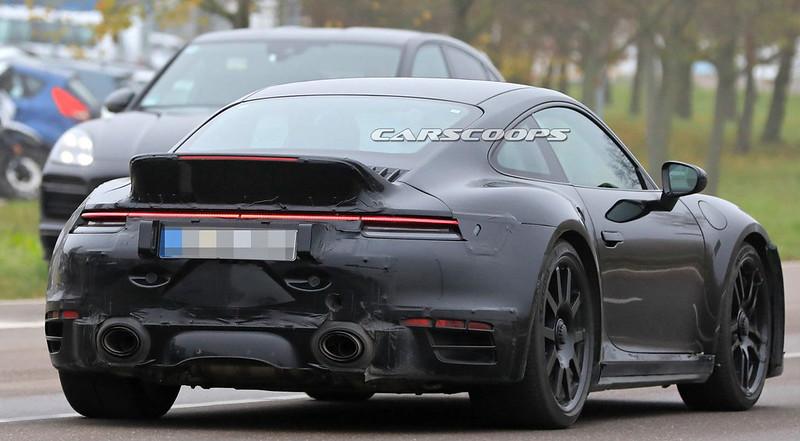 2021-Porsche-911-Ducktail-11