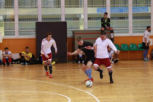 telpu futbola turnīrs