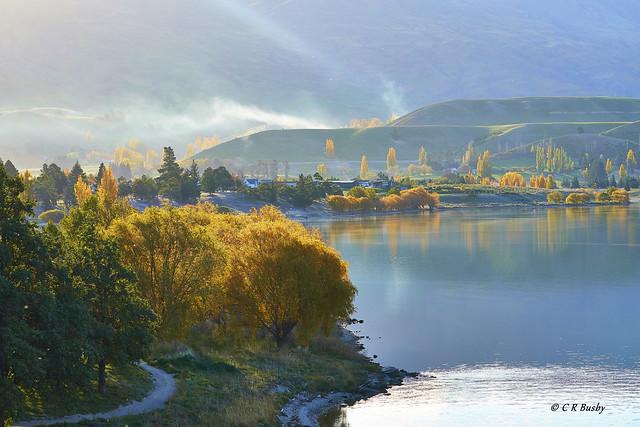 Autumn at Lake Dunstan