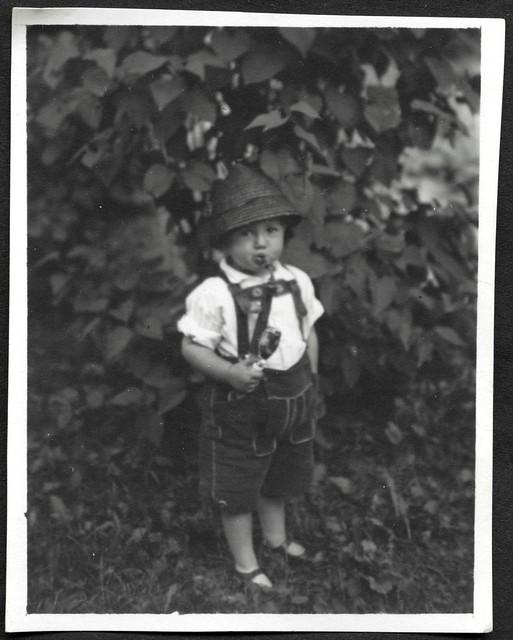 Archiv U533 Räuchermännchen, Porträt, 1950er