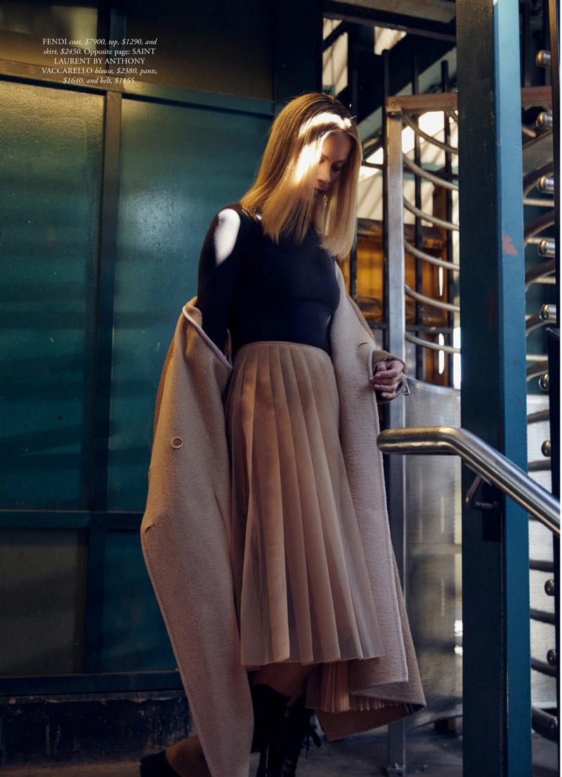 Carolyn-Murphy-Harpers-Bazaar-Australia-Cover-Photoshoot08