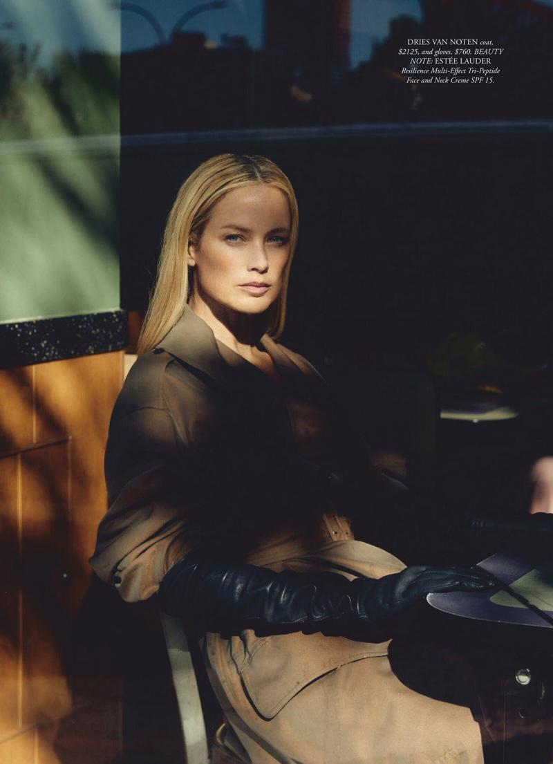 Carolyn-Murphy-Harpers-Bazaar-Australia-Cover-Photoshoot05