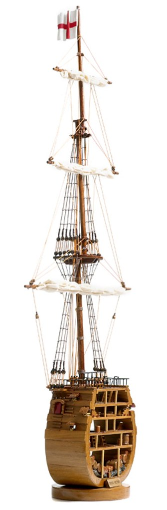 531-8364-HMS-Victory-Cross-Section-Model-Ship-Superior-Range