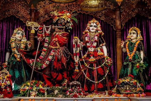 ISKCON Mayapur Deity Darshan 26 Nov 2019