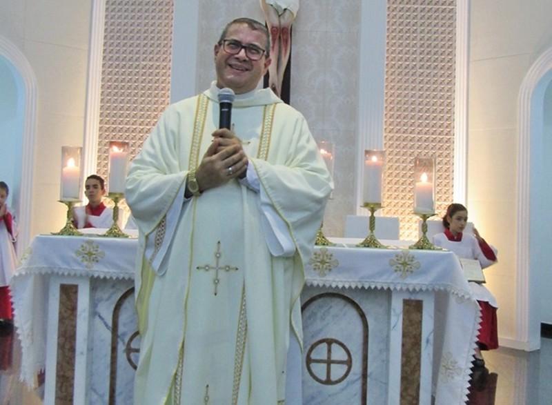 Padre Éder - 20 anos de Sacerdócio