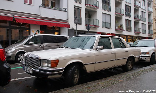 Mercedes W116 280S