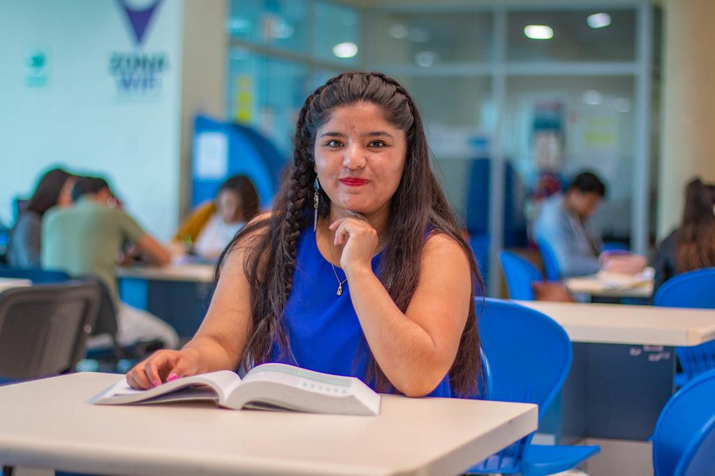 Elizabeth Morelia Astete Yapias - Talento Beca 18
