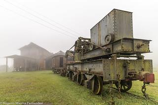 São Paulo Railway. Old crane.