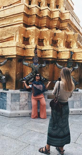 Posing, Thailand