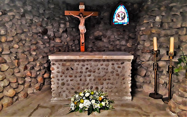 Grotto chapel