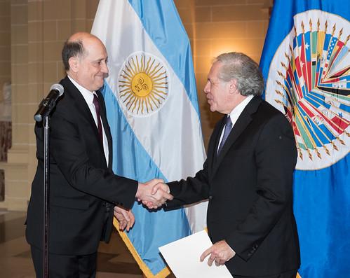 Nuevo Embajador de Argentina presenta cartas credenciales